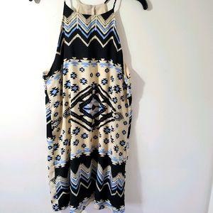Everly sleeveless dress size L